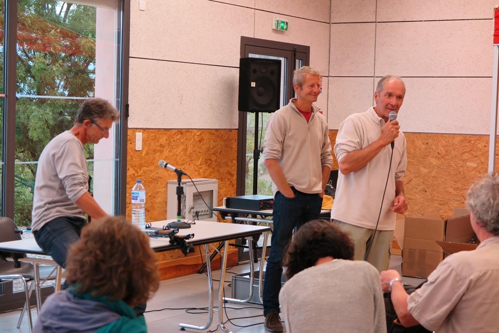 Patrick présente les intervenants Jean-Philippe Samel et Jean-Pierre Guilloteau