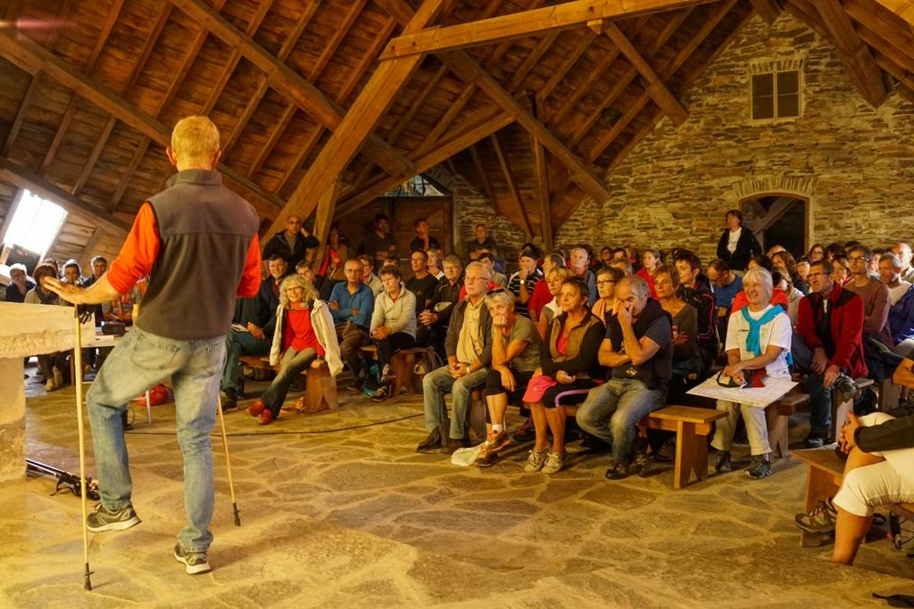 Conférence : Jean-Pierre devant un public enthousiaste